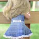 Джинсовое платье на Лиде со спины
