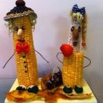"""Парочка из початков кукурузы. Идея из книги """"Поделки из природных материалов"""""""