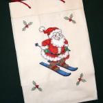 Подарочная сумка с Дедом Морозом. Машинная вышивка