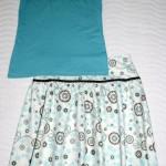 Бирюзовый комплект: юбка и футболка