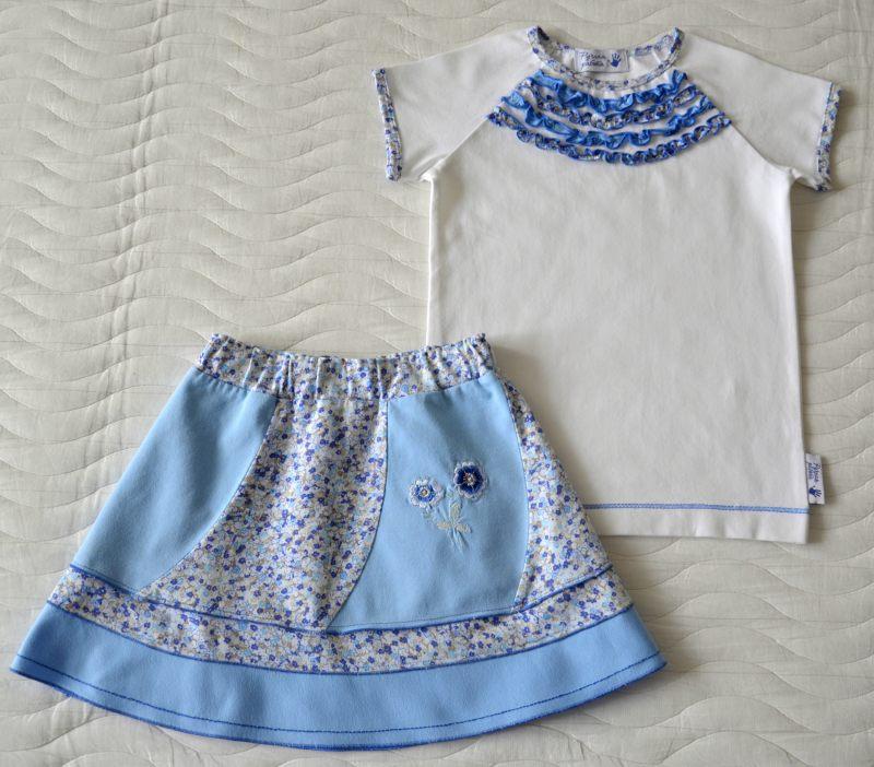 Голубая юбка и футболка с рюшами (Оттобре №6-2013, мод. 14)