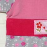 Бирочка с цветочком на тунике. Оттобре №1-2013, мод.28