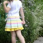 Платье на дочке, спинка. Детский ШиК №1-2013, мод. 24