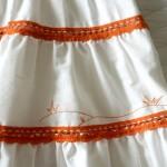 Отделка юбки вышивкой