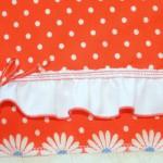 """Отделка косынки к красному платью в горошек (Бурда """"Детская мода"""" 2012, мод. 649)."""