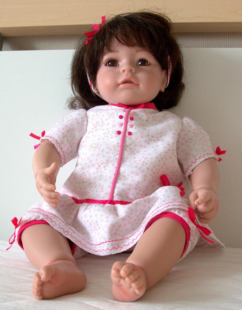 Пижамка для куклы Adora (Виолка), на ней.