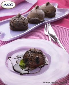 Традиционное турецкое мороженое MADO. Шоколад