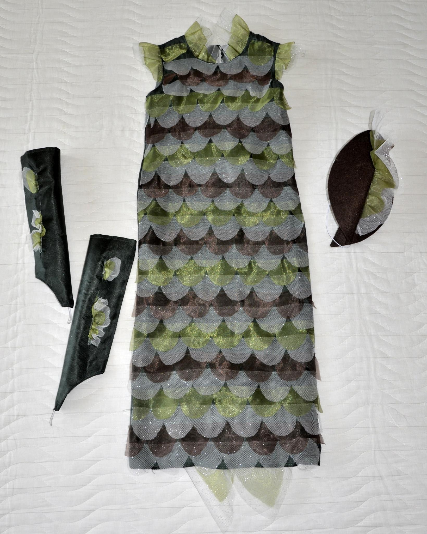 Костюм ЩУКИ, платье спереди и аксессуары