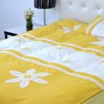 Ромашки и постельное белье для дочки