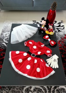 Платье Минни Маус, вид спереди