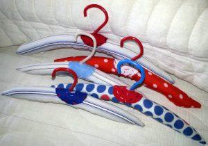 Вешалки для кукольной одежды