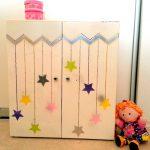 Шкафчик для кукольной одежды