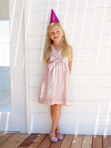 Нарядное платье для девочки по Бурде
