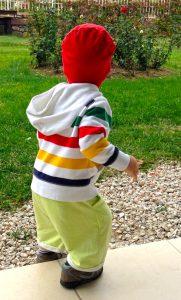 Детская трикотажная шапка
